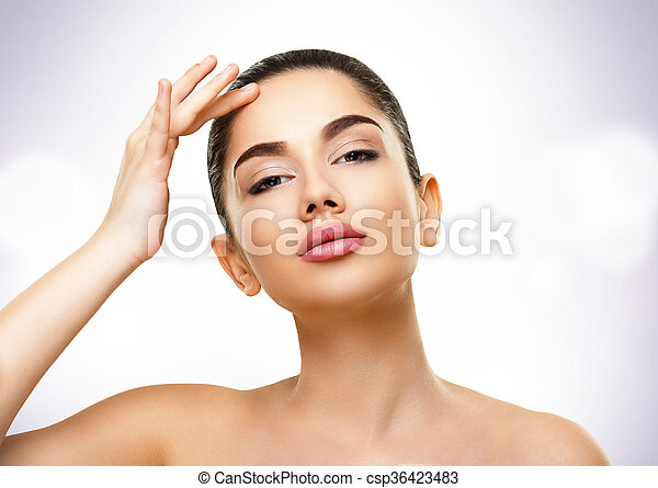 Beauty Portrait. Face of Beautiful Young Woman with Perfect Skin - csp36423483