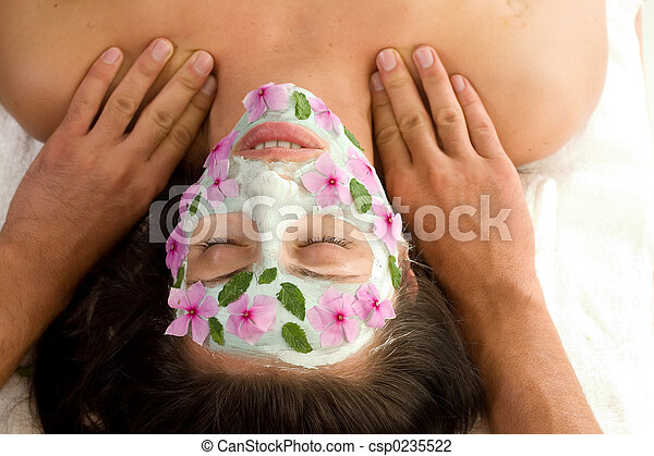 Beauty treatment mask and massage - csp0235522