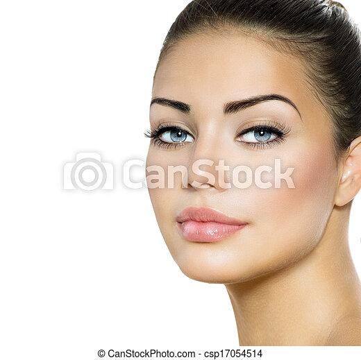 Beauty Woman Portrait. Beautiful Brunette with Blue Eyes  - csp17054514