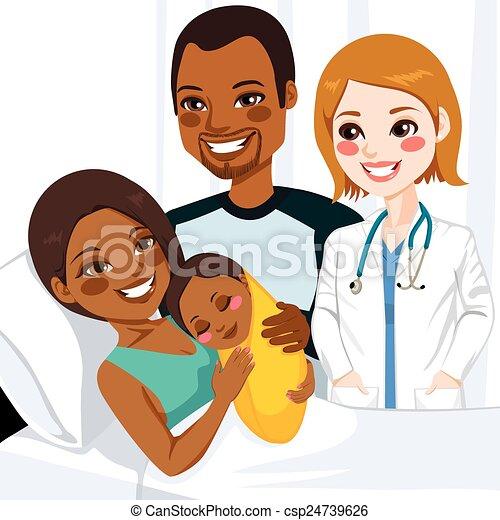 Mamá afroamericana abrazando al bebé - csp24739626