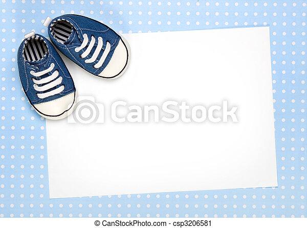 Nuevo anuncio de bebé o invitación - csp3206581