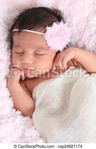 Bebé recién nacido 0362b6b4850