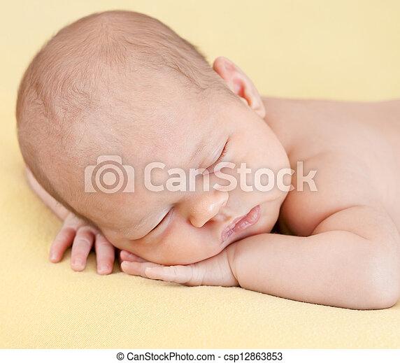 bebê, dormir - csp12863853