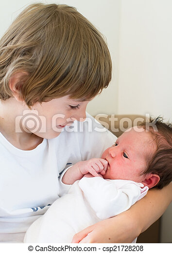 bebê, irmã, seu, irmão, segurando - csp21728208