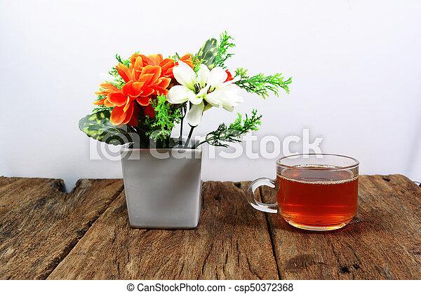 Becher, tee, -, blumenvase, holz, orange, tisch, weisse... Stockbild ...