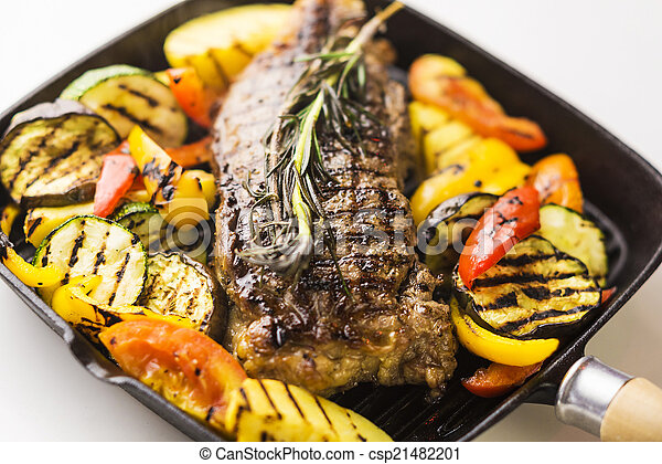 beef steak with grilled vegetables - csp21482201