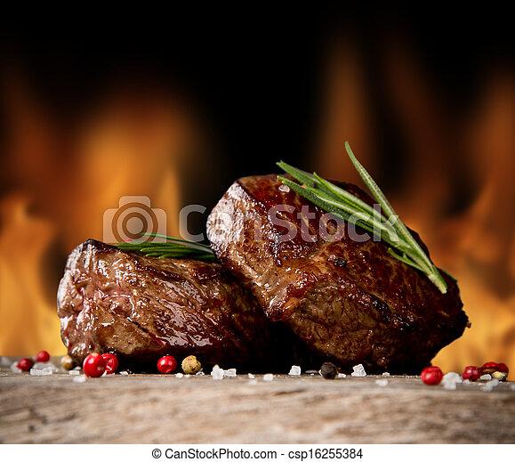 Beef steaks - csp16255384