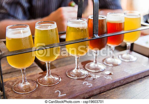 Beer tasting - csp19603701