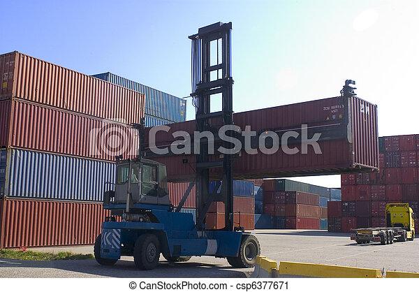 beholdere, havn, forsendelse - csp6377671