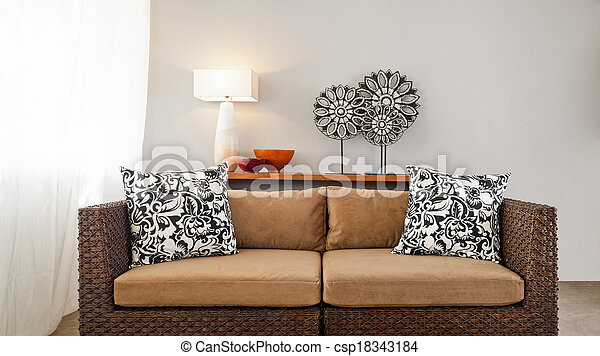 sofá marrón beige en el decorado interior - csp18343184