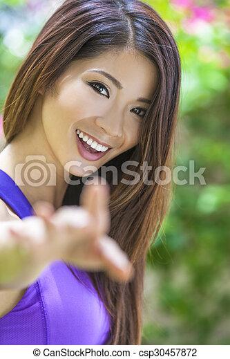 belle femme chinois jeune fille asiatique beau parfait ext rieur chinois atteindre. Black Bedroom Furniture Sets. Home Design Ideas