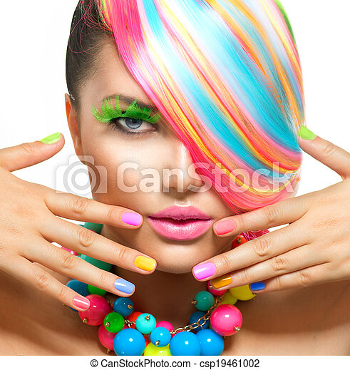 Retrato de belleza con maquillaje colorido, cabello y accesorios - csp19461002