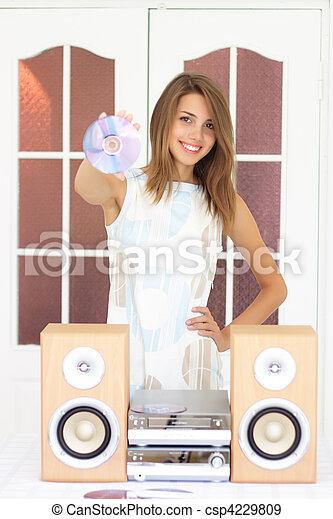 bello, ragazza, ascoltare musica - csp4229809
