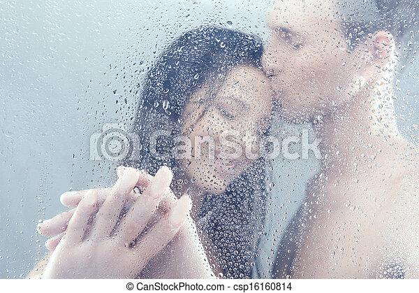 bello, standing, coppia, shower., abbracciare, doccia, mentre, amare - csp16160814