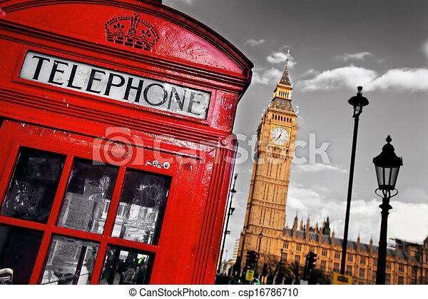 La cabina telefónica roja y Big Ben en Londres, Inglaterra, el Reino Unido - csp16786710