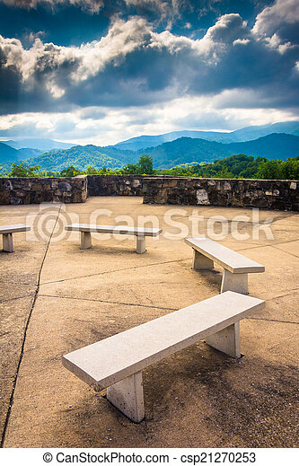 Benches and views of the Appalachian Mountains from Bald Mountai - csp21270253