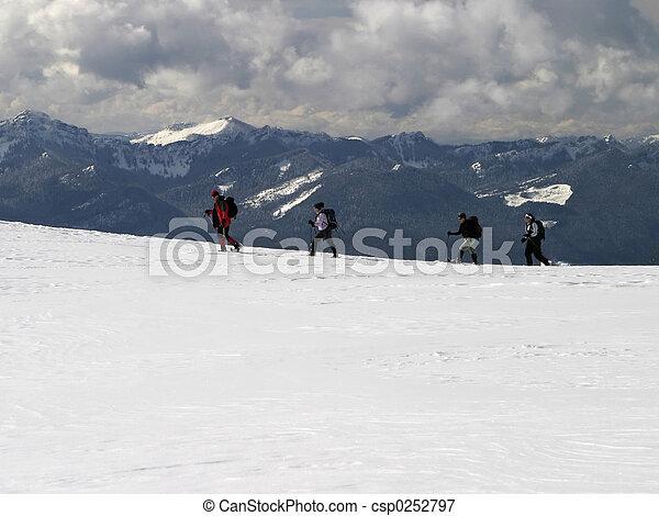 berg, trekkers - csp0252797