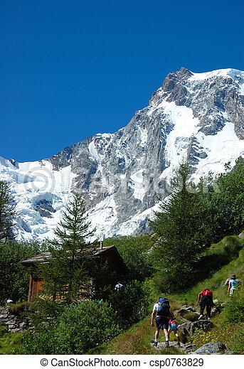 berg, vakantie - csp0763829