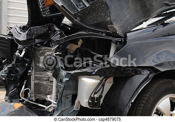 beschadigd, auto. - csp4879075