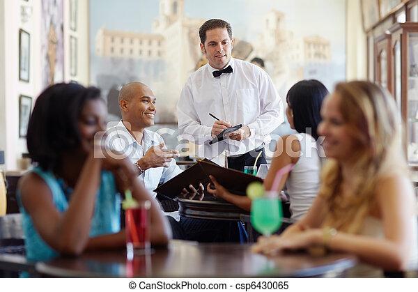 beställning, uppassare, restaurang, måltiden, folk - csp6430065