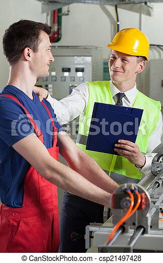 beszéd, ellenőr, munkás, gyár - csp21497428