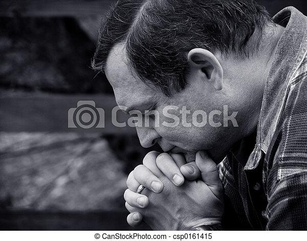 beten, mann - csp0161415