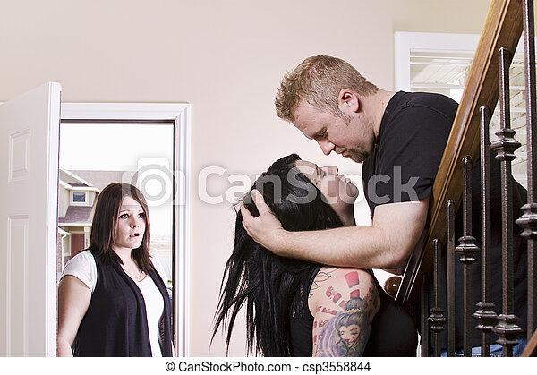 Mein mann sucht nach anderen frauen