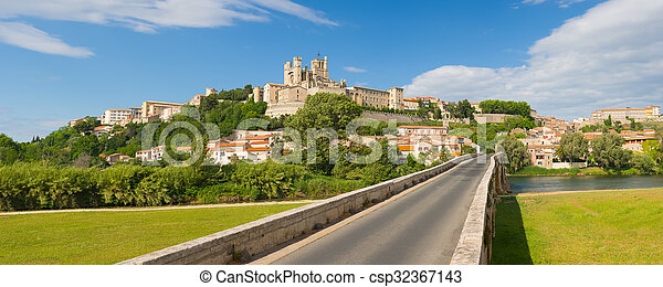 Beziers in a summer day - csp32367143