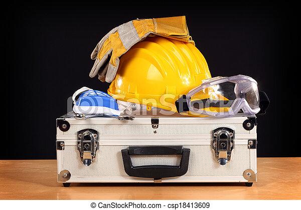 bezpieczeństwo - csp18413609