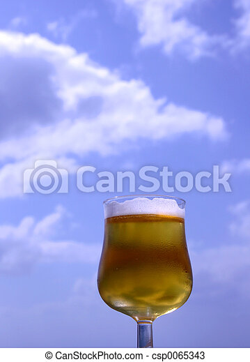 bière, ciel - csp0065343