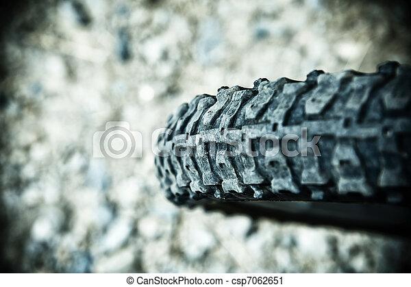 bicikli fáraszt - csp7062651
