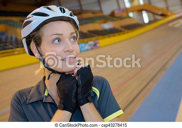 biciklista, női, velodrome - csp43278415