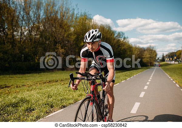 biciklista sisak, képzés, sportruházat, bicikli - csp58230842