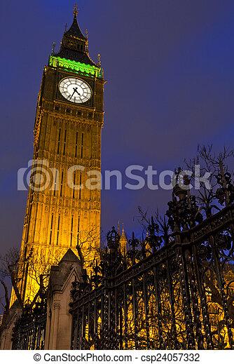 Big Ben por la noche - csp24057332