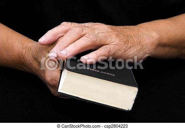bijbel, handen - csp2804223