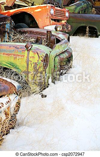 bilar, övergiven - csp2072947