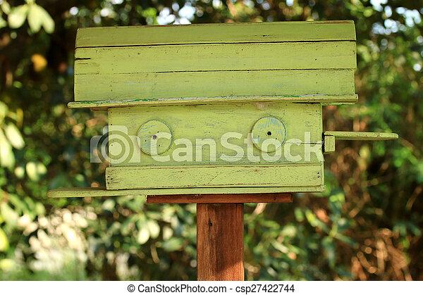 Bird house vintage - csp27422744