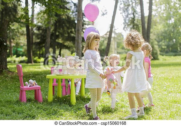 Birthday party - csp15060168