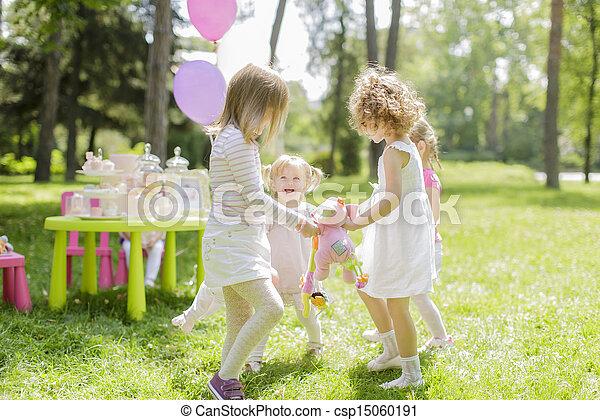 Birthday party - csp15060191