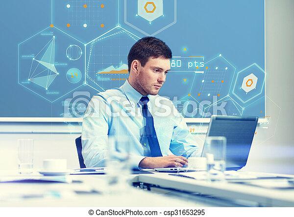 biznesmen, laptop, biuro, pracujący - csp31653295