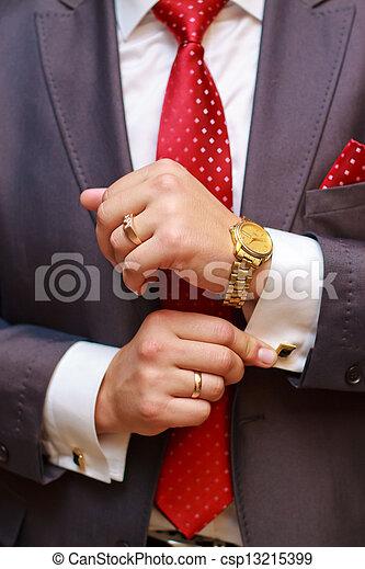 biznesmen - csp13215399