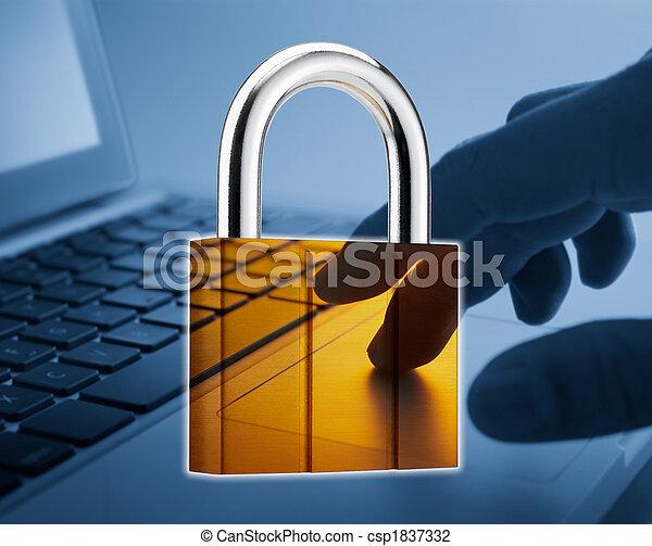 biztonság, internet - csp1837332
