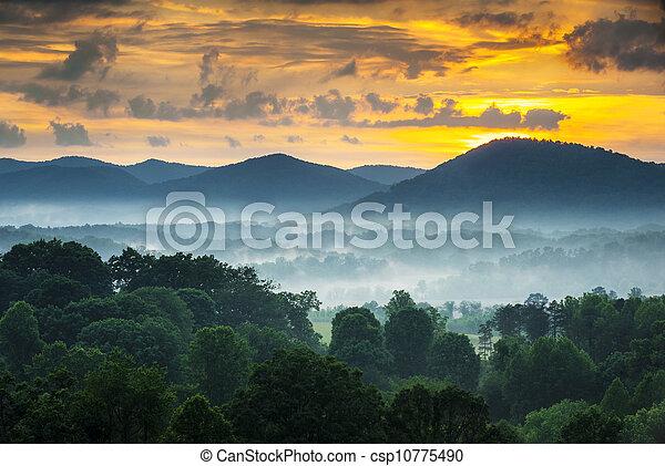blå fjäll, ås, fotografi, nc, asheville, dimma, solnedgång, västra, norr, parkway, landskap, carolina - csp10775490