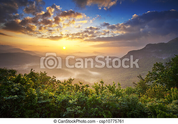 blå fjäll, skotska högländerna, ås, nantahala, fjäder, förbise, sydlig, nc, skog, scenisk, appalachians, soluppgång - csp10775761