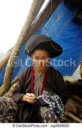 Black Dao ethnic woman - csp5839020
