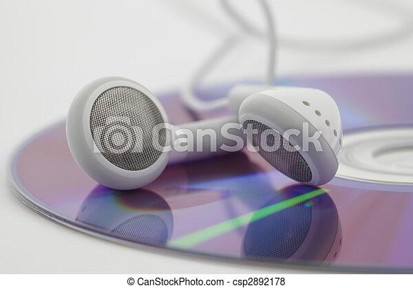 Auriculares blancos en CD - csp2892178