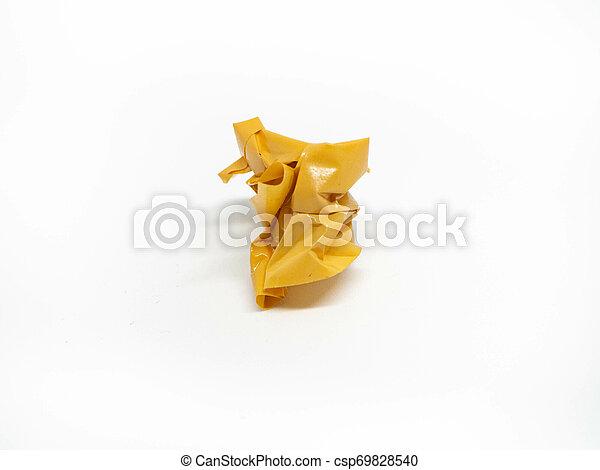 Un conjunto de cintas amarillas sobre fondo blanco - csp69828540