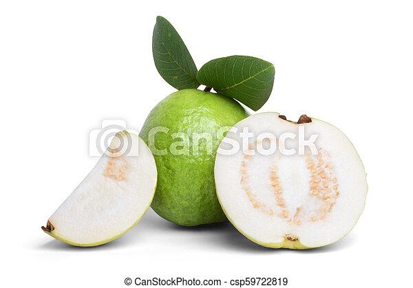 Guava aislada en el fondo blanco - csp59722819