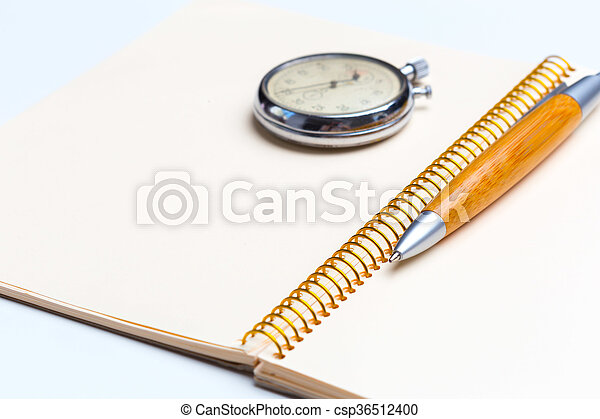 blank notepad for Todo list with pen and clock - csp36512400