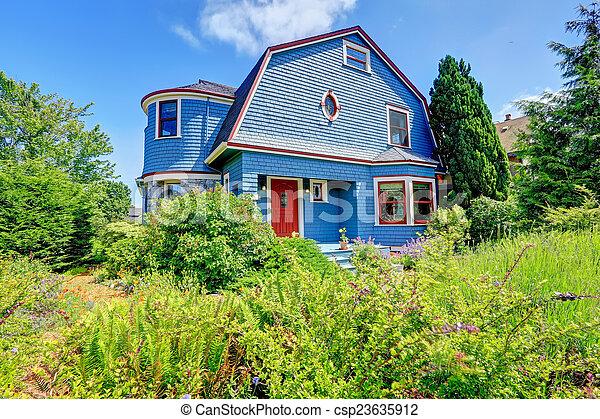 Beautiful Blaue Verfassung, Rotes , Außen, Haus   Csp23635912